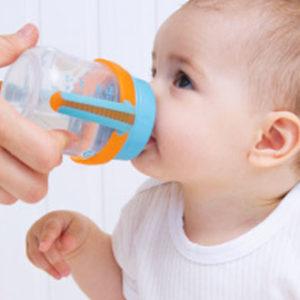 Quando começar a dar água para o bebê?