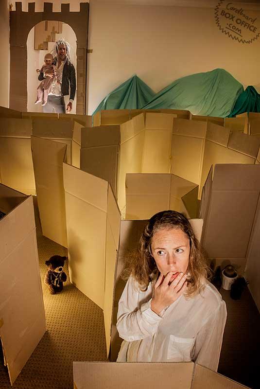 Cardboard Box Office | Filme: O Iluminado